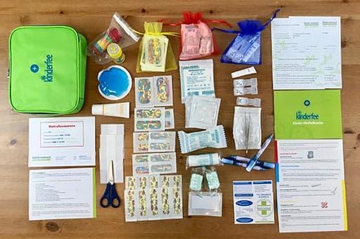 Kinderfee Kinder Notfall Tasche auf dem Tisch